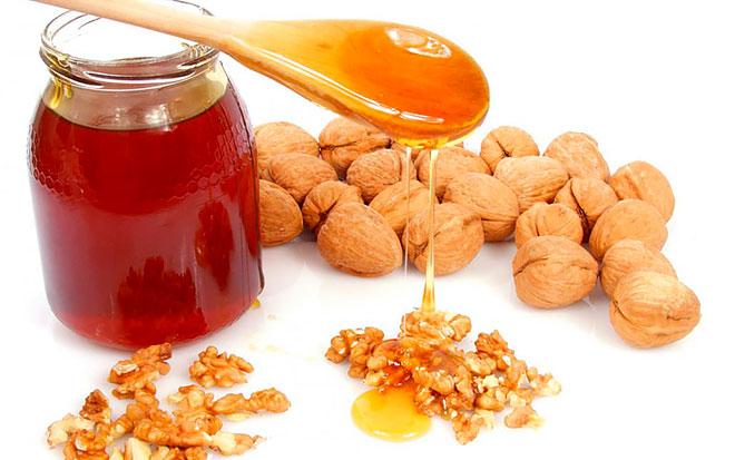 Орехи с медом от холестерина